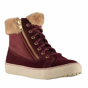 Cougar Dublin Waterproof Suede Hi-Top sneakers. 9